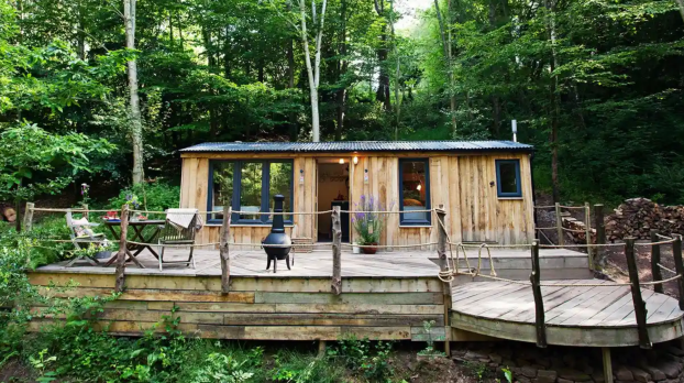 Living Off Grid - Why an off cabin break in Virginia can refresh the soul